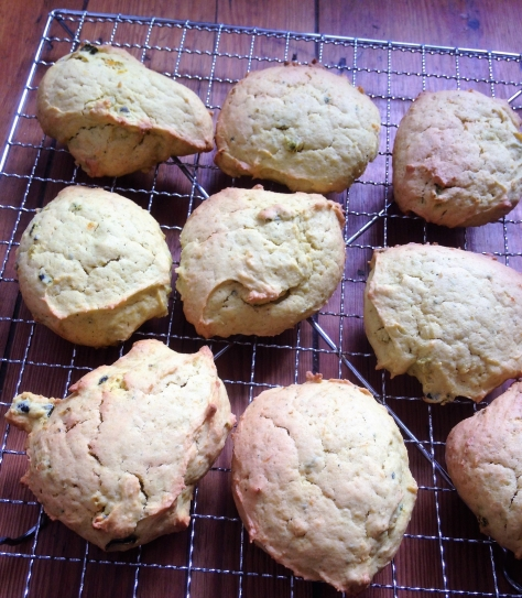 Pumpkin spiced biscuits (2)